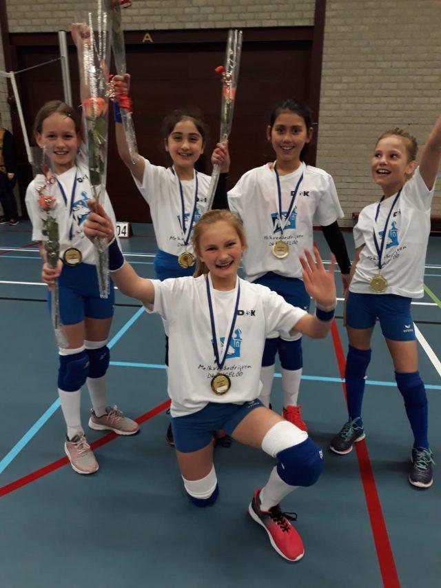 https://www.volleybal-dok.nl/wp-content/uploads/2019/04/meisjes-kampioen-640x853.jpg